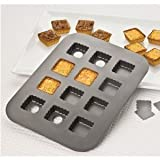 Chicago Metallic 26635 12-Cup Lift & Serve Single Squares Pan
