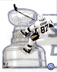 Sidney Crosby Penguins Stanley Cup On Ice 8x10