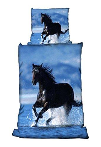 bertels-1-0213780572-bettwasche-pferd-im-wasser