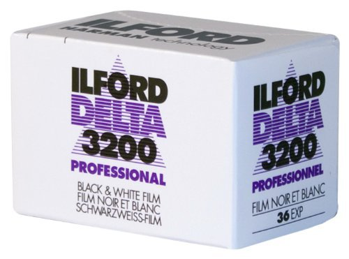 Ilford 1887710 DELTA 3200 Professional, Black and White Print Film, 135 (35 mm), ISO 3200, 36 Exposures [並行輸入品]