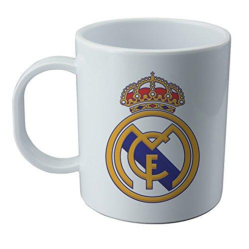 real-madrid-mug-and-sticker