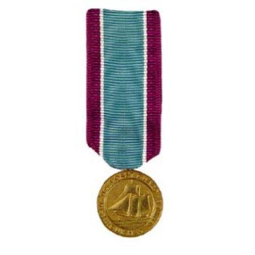 U.S. Coast Guard Distinguished Service Mini Medal