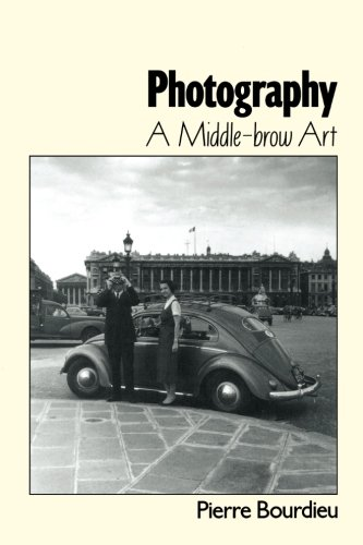 Photography: A Middle-Brow Art PDF