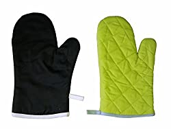 Oven Gloves (Set of 2 Pieces)- Color and design may vary