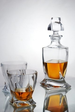 Quadro Whisky Decanter Set