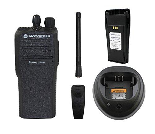 Motorola Radius CP200 VHF 146-174 MHz 5 Watt 4 Channel AAH50KDC9AA1AN Commercial Series Two Way Radio Walkie Talkie