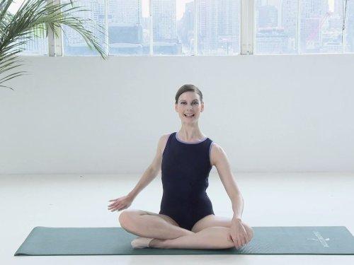 "Amazon.com: Ballet Beautiful Total Body Workout: Season 1, Episode 3 ""Outer Thigh"": Amazon"