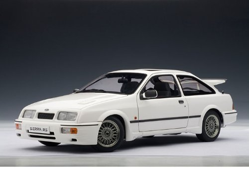 Ford Sierra RS Cosworth 1/18 White