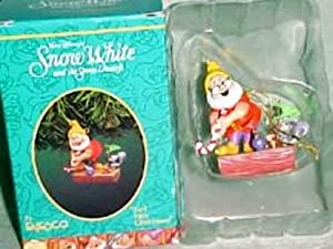 Enesco Treasury of Christmas Ornaments Snow White - Just Fore Christmas 1995