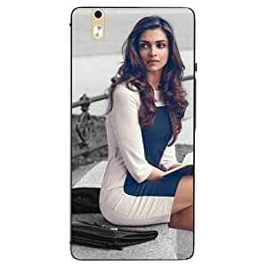 Case Cover Bollywood Printed Multicolor Hard Back Cover For InFocus M810