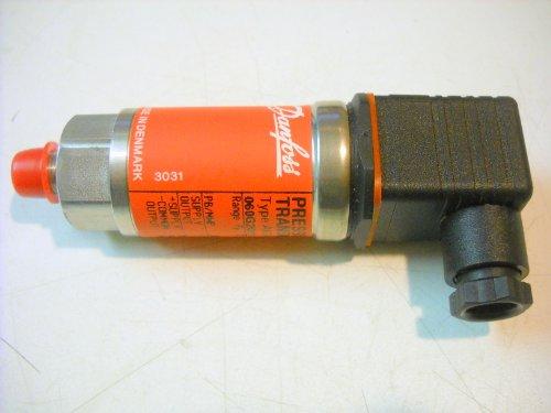 Danfoss Pressure Transmitter, Plug Type AKS 32 1-5 VDC Output 1/8