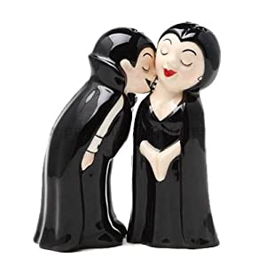 Vampires Love at First Bite Set Salt & Pepper Shakers