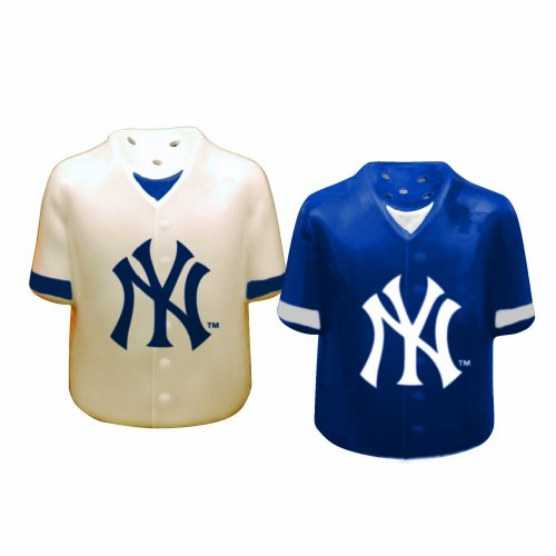 MLB New York Yankees Gameday Salt and Pepper Shaker at Amazon.com