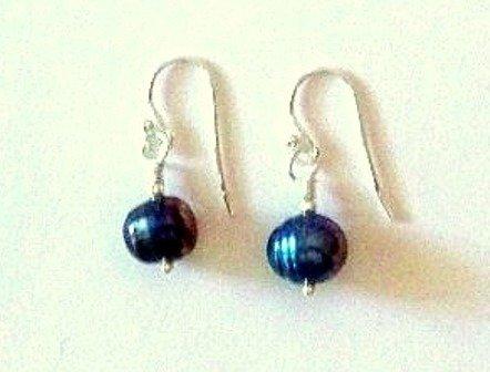 Simple Peacock Fresh Water Pearl Earrings