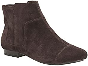 Clarks Womens Casual Clarks Mountain Snow Suede Boots In Dark Brown