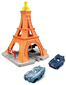 Fisher-Price GeoTrax Disney/Pixar Cars 2 Eiffel Tire Crash