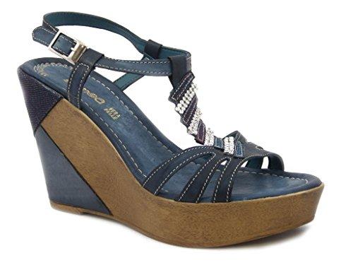 Sandalo Samoa in pelle, con fondo platform leggero altezza 10cm., suola in gomma antiscivolo, estivo-39445