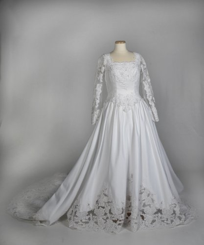White Satin and Lace Wedding Gown with 3/4