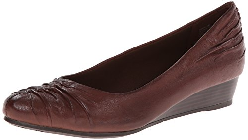 Baretraps Women'S Landy Wedge Pump,Brush Brown,7 M Us
