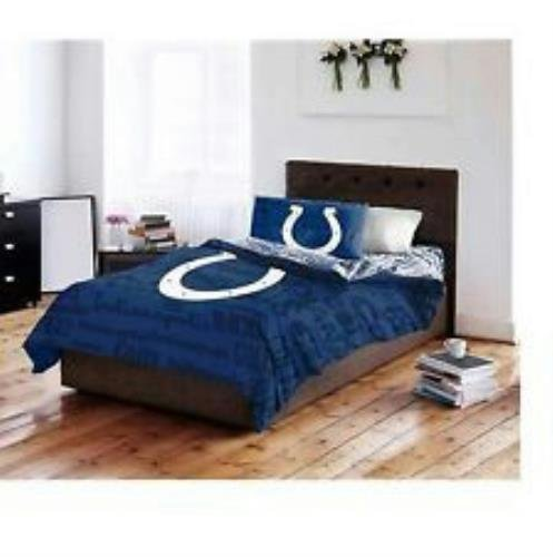 Twin Horse Comforter front-587424