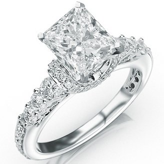 1.35 Carat Princess Cut Designer Four Prong Round Diamond Engagement Ring (D-E Color, Vs2-Si1 Clarity)