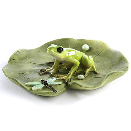 Hand Painted Poly Resin Miniature Lily Pad with Sitting Frog and Resting Dragonfly (Miniature Resin Frog compare prices)