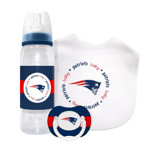 Nfl New England Patriots Baby Gift Set back-1085615
