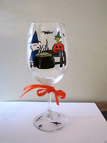 Hand Painted Wine Glass Snoopy and Woodstock with Pumpkin Halloween Stemware (12-oz Capacity)