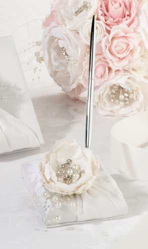 Shabby Chic Wedding Table front-882315