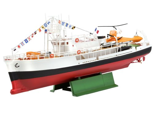 Revell 1:125 Ocean Exploration Vessel Forschungssc (The Incredible Sweeper compare prices)