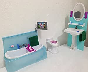 barbie size dollhouse furniture bathing fun with bath tub toilet play set toys. Black Bedroom Furniture Sets. Home Design Ideas