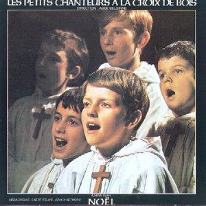 Les Petits Chanteurs A La Croix De Bois Chantent Noel