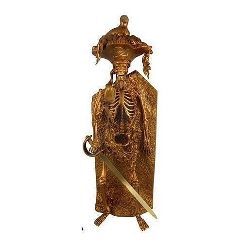 Buy Low Price Span of Sunset Pirates of the Caribbean Bird Head Skeleton Gold Statue Figure (B004JO5SA0)