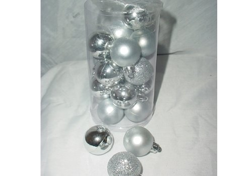 Pack of 20 30mm Silver Baubles