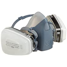 3M Professional Half-Mask Organic Vapor, N95 Respirator Assembly, Small