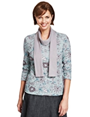 Classic Thermal Baroque Floral Top with Brushed Scarf