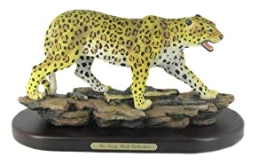 Alert Cheetah Figurine