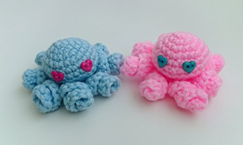 Handmade crochet mini amigurumi couple of octopus - Blue and pink with heart shaped eyes (Set of 2)