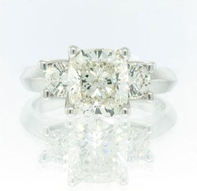 2.71ct Cushion Cut Diamond Engagement Anniversary Ring