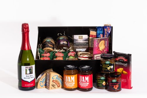 Large Personalised Cider Scottish Food Hamper. Birthday, Anniversary, Engagement, Easter, Mother's day, Father's day, Valentine's day, Wedding or Christmas gift idea