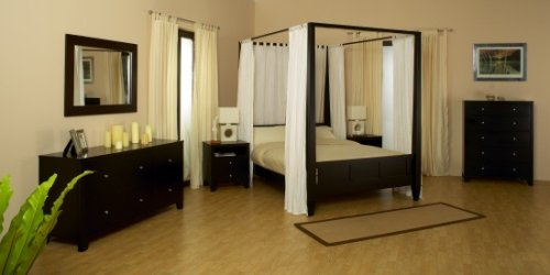 Wilshire Eastern King Size Bedroom Set