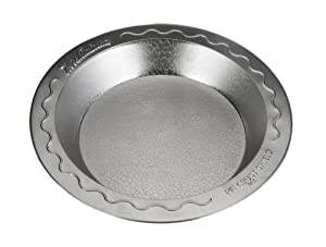 Doughmakers 9 Pie Pan with Crust Protector by Doughmakers