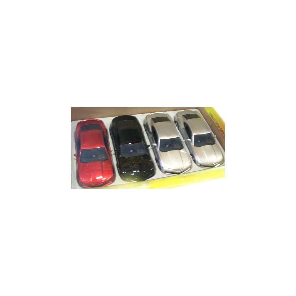 Jada Toys 1/24 Scale Diecast Big Time Kustoms 2010 Chevy Camaro Ss Box of 3 Colors 4 Car Display Box