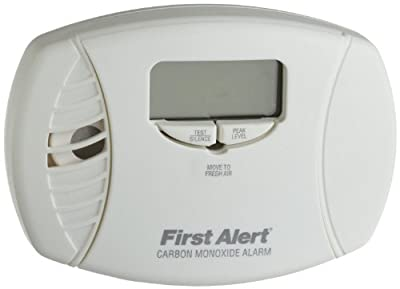 First Alert CO615 Carbon Monoxide Plug-In Alarm with Battery Backup and Digital Display (6 Pack) from First Alert