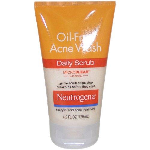 Neutrogena Oil-Free Acne Wash Daily Scrub, 4.2
