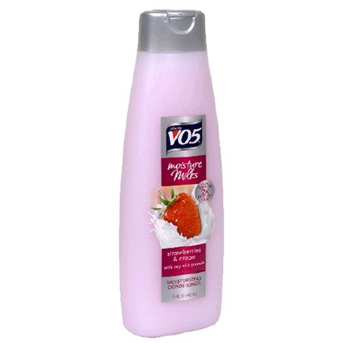 v05-conditioner-moisture-milks-strawberries-cream-15-oz