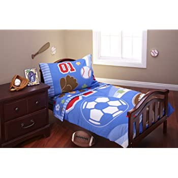The Everything for Kids Lil All Star 4 piece toddler bedding set comes with a comforter, top sheet, fitted sheet and pillowcase, all featuring baseballs, soccer balls and footballs that are sure to delight your little athelete. The comforter is 100% ...