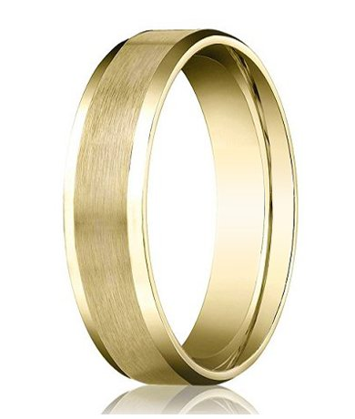 Benchmark Designer 14K Yellow Gold 4Mm Comfort Fit Men'S Wedding Ring With Satin Finish Center And Polished Beveled Edges