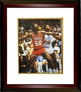 Ralph Sampson signed Virginia Cavaliers 16x20 Photo Custom Framed (Arms-up vs UNC)
