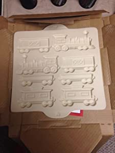 Amazon Com Pampered Chef Gingerbread Home Town Train